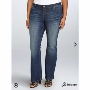 """Torrid Relaxed Fit Bootcut Jeans  16R  Inseam 32"""""""